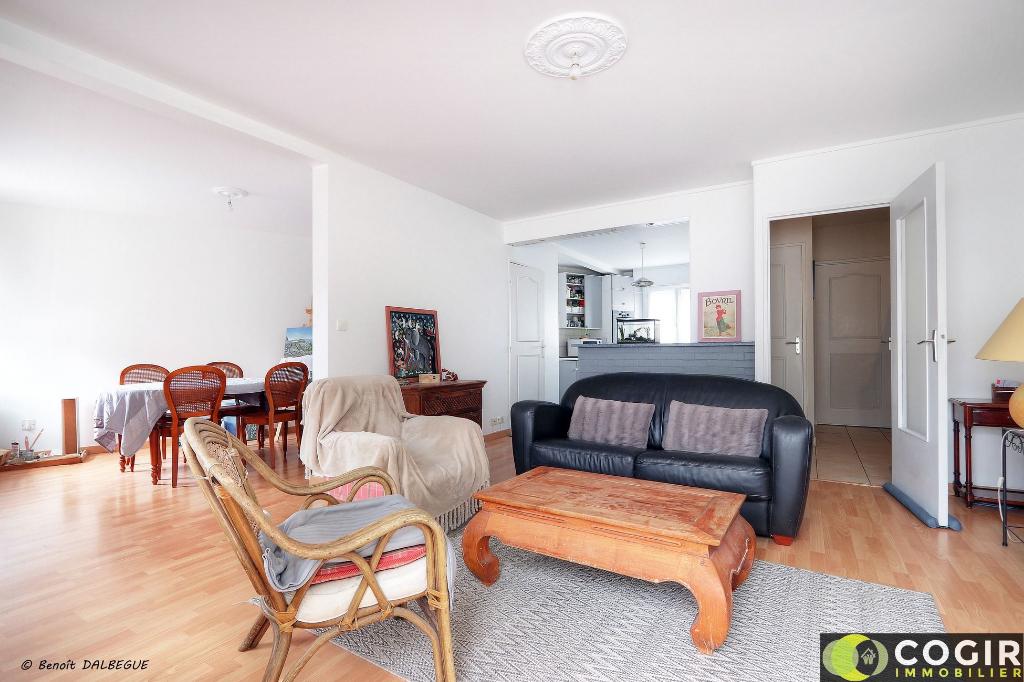 Appartement T5 DUPLEX 105m² - LE RHEU