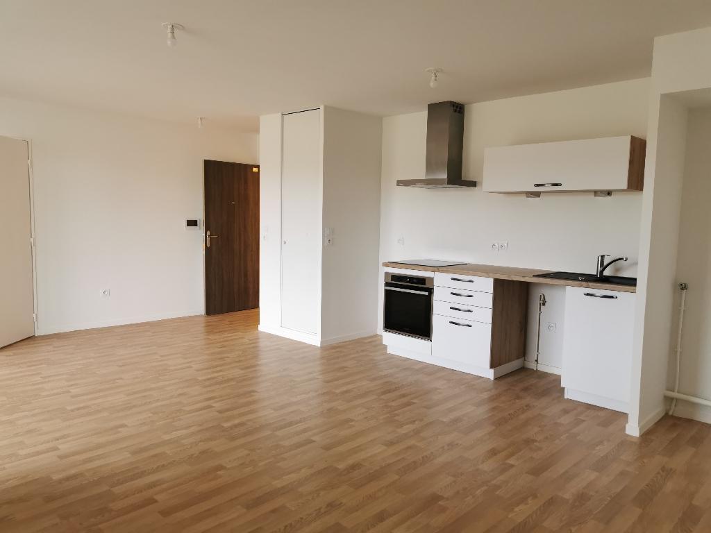 Appartement Melesse 3 pièce(s) 67 m2