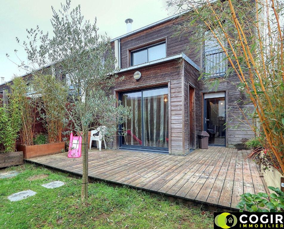 Maison 5 pieces 90 m² - CHANTEPIE