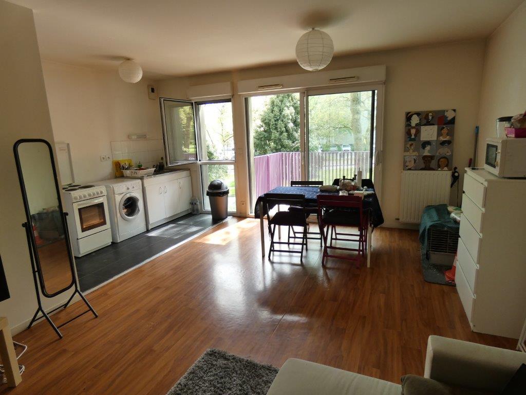 OFFRE ACCEPTÉE SUR CE BIEN - Appartement Rennes 3 pièce(s) 66.50 m2