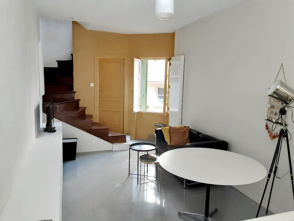 Rennes-Gare- Maison de ville T3