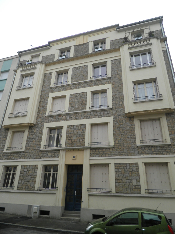 Centre Ville - Appartement Type 3 - copro 1930