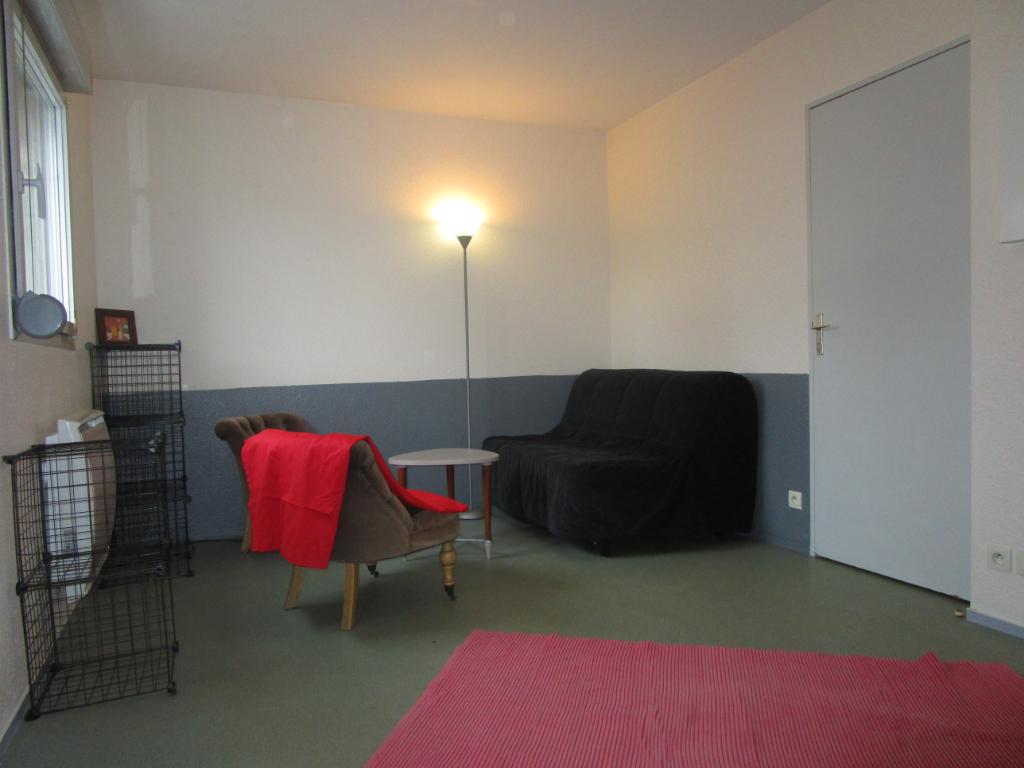 Rennes-Studio meublé
