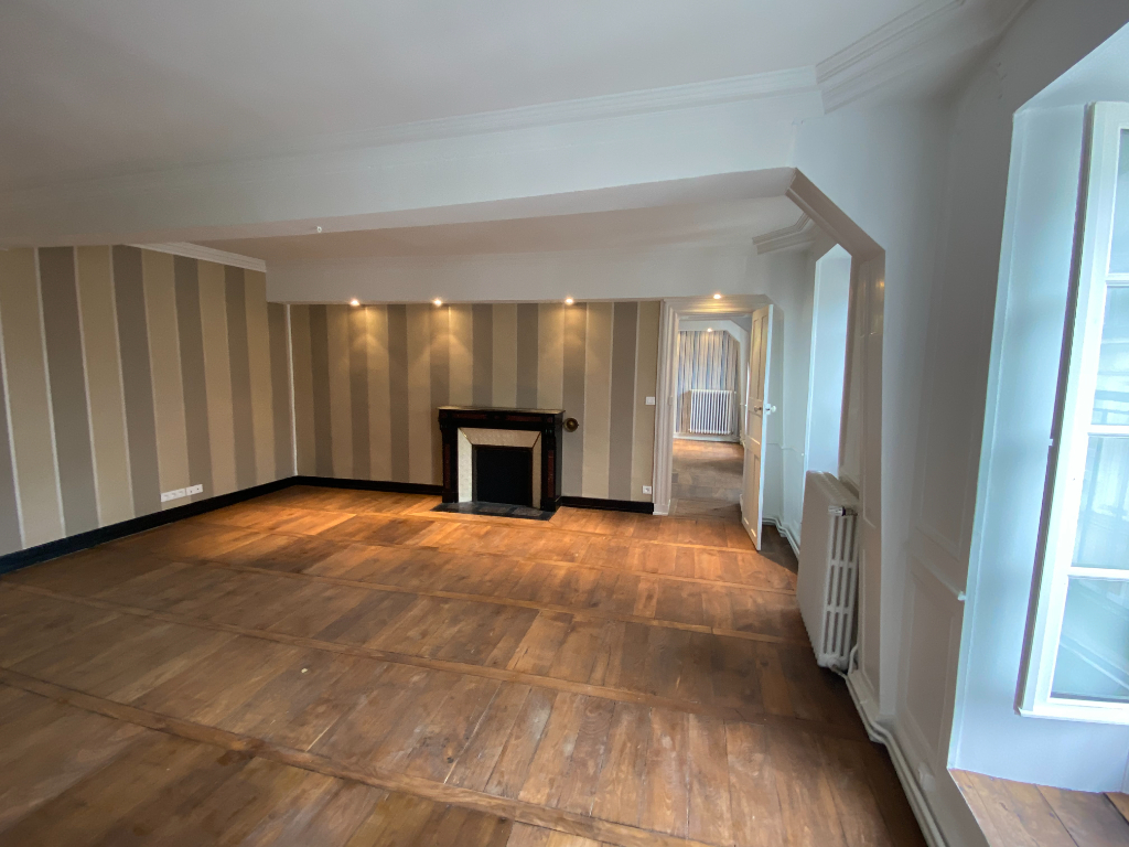 Appartement Type 2 de 80 m² Centre Ancien