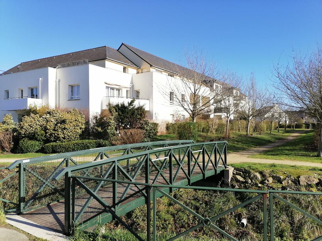 Studio Le Rheu  proche centre