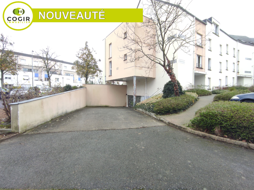 Parking / box Le Rheu 44.5 m2
