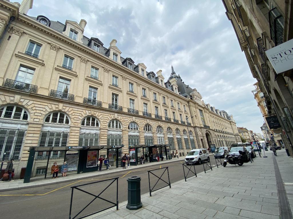Centre Les Halles - Appartement Type 4 - 83 m²