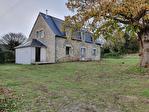 Belle maison en pierre à rénover à PLONEOUR côté PONT L'ABBE