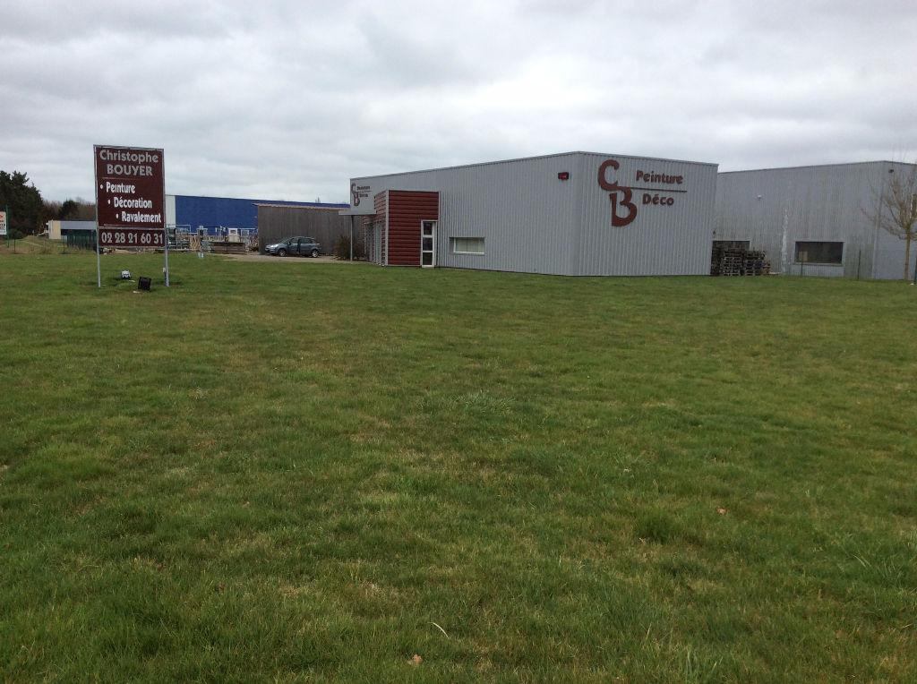 Entrepôt / local industriel La Chapelle Heulin 168.45 terrain visible recent