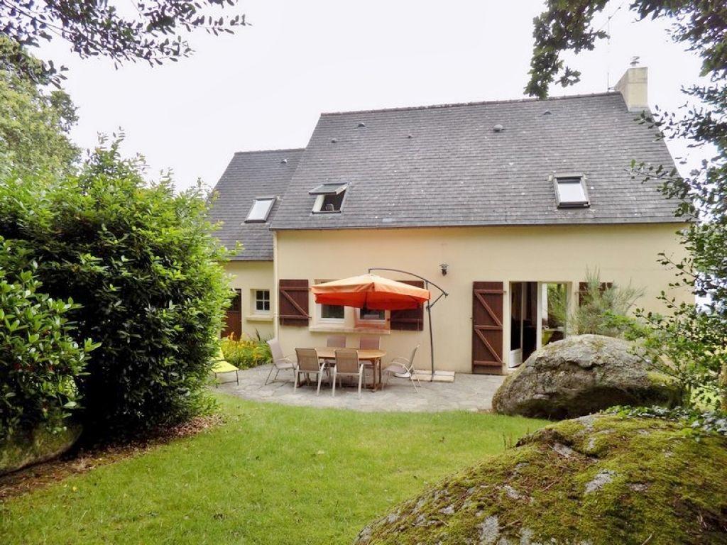 Maison Tregunc 7 pièces133 m2, 5 chambres, entre bourg et mer