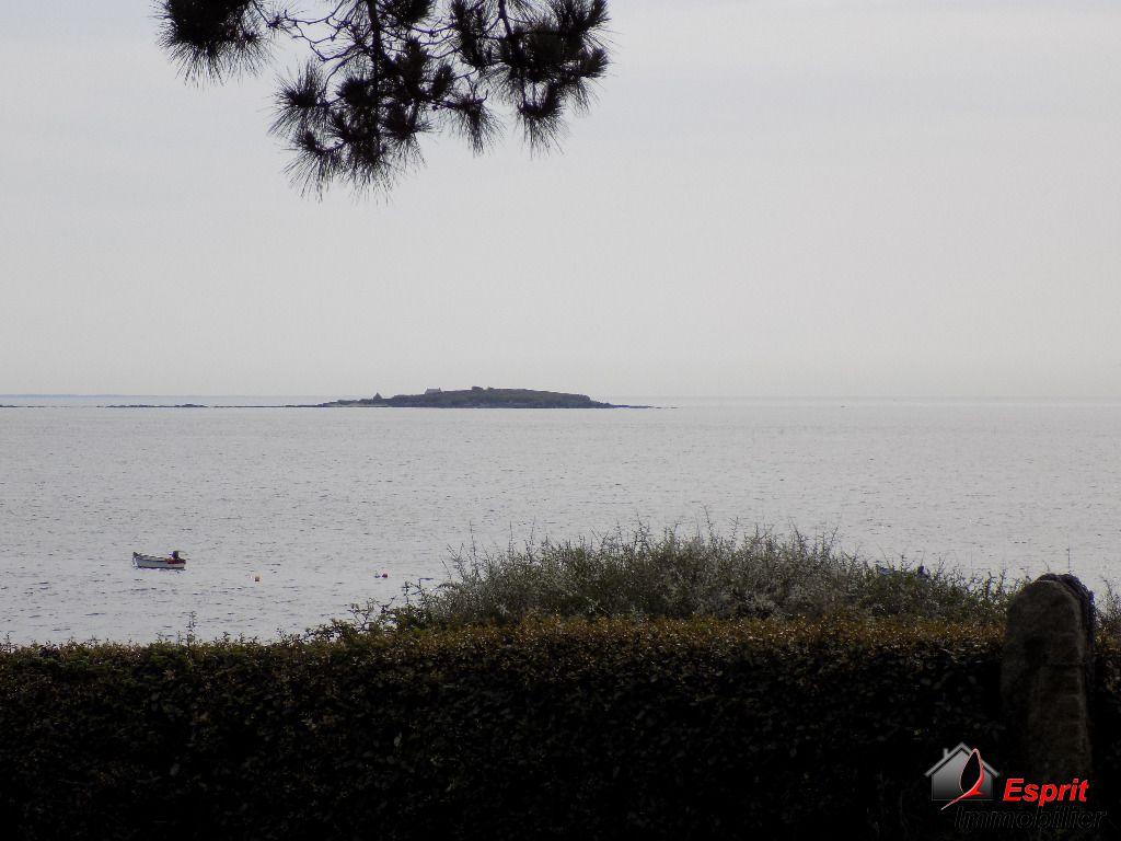 Exclusivit� : maison Tr�gunc 1�re ligne vue mer, 3 chambres 267750�