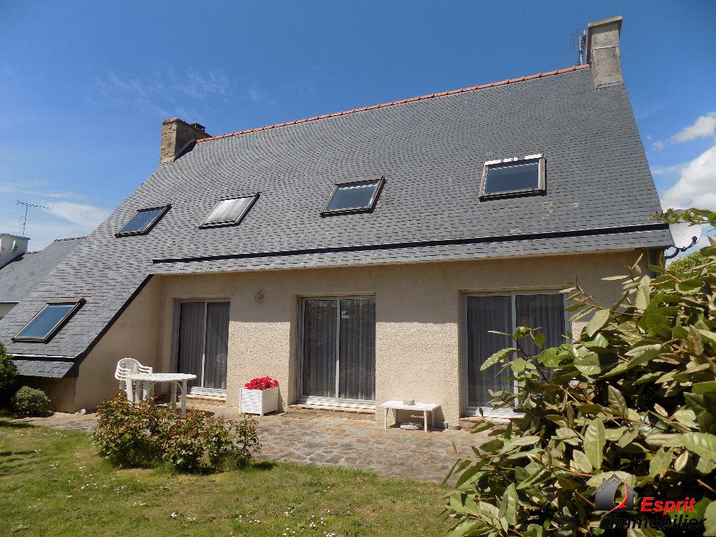 Maison Tregunc 11 pi�ce(s) 175 m2, proche plage! 299250�