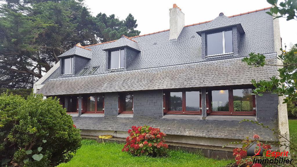Exclusivité : Maison Tregunc , vue sur mer, 4 chambres, 1400m² de jardin 449000€
