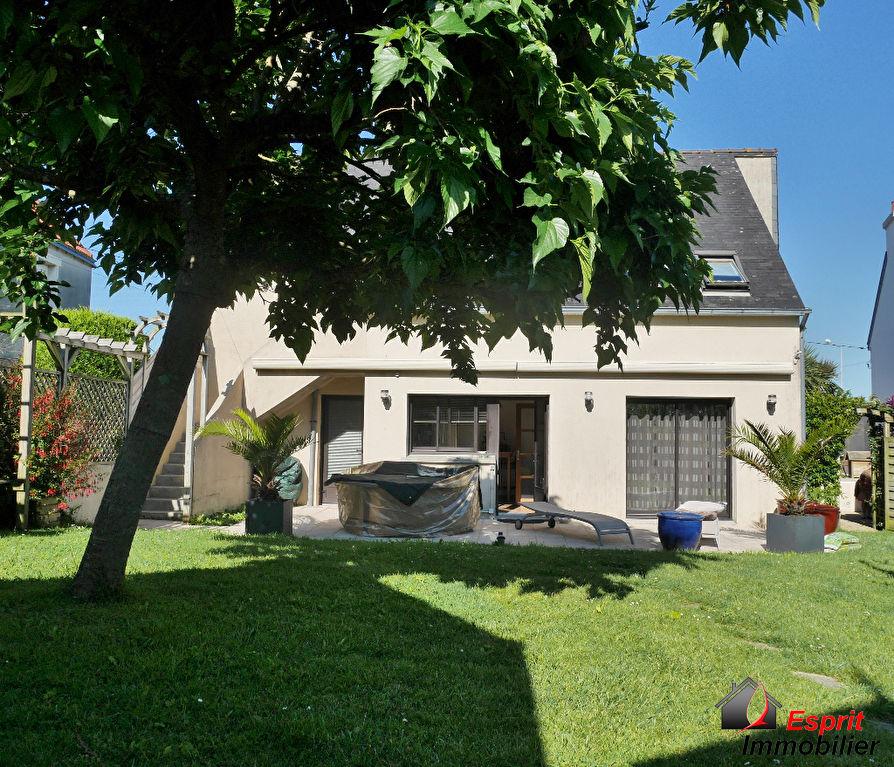 Maison Concarneau hyper centre  381400€