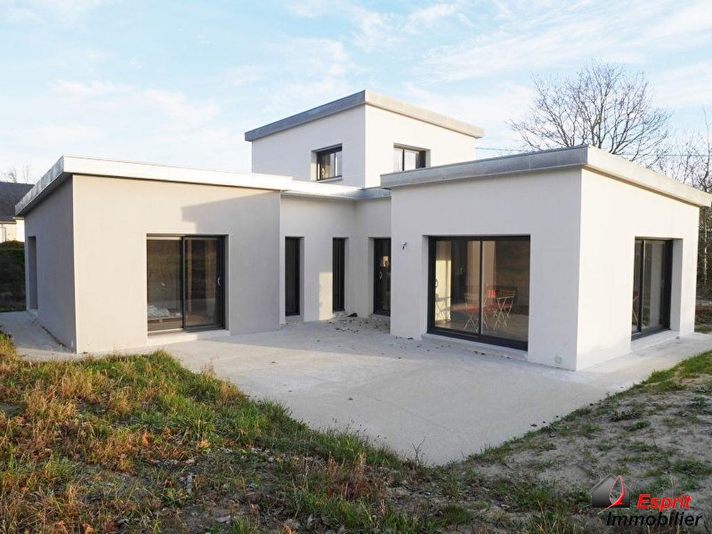 Trégunc ; maison contemporaine de 2017, 3 chambres, 400m des plages 350000€