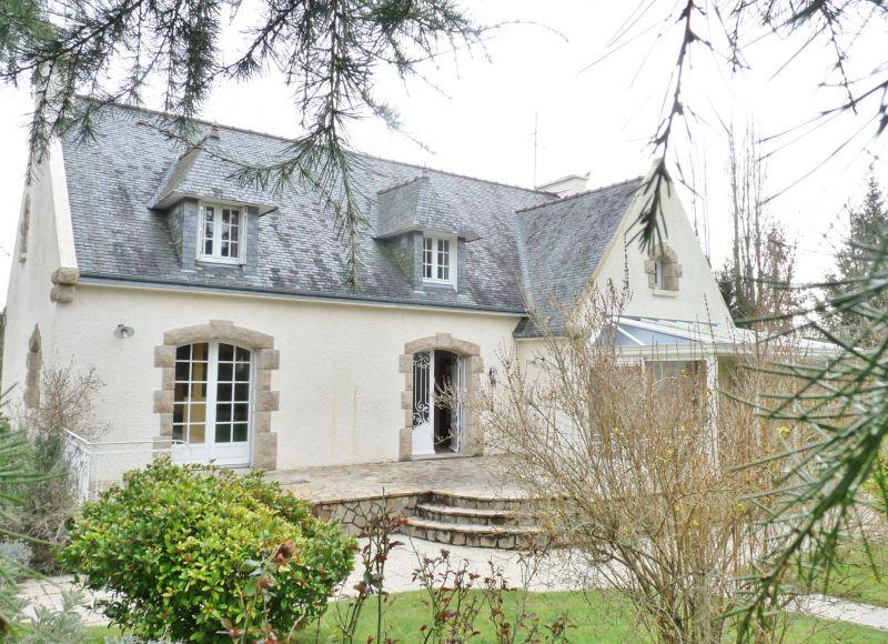 A vendre Maison Riec Sur Belon 6 pi�ce(s) 210 m2 262500�
