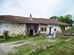 EC0904al Maison Familiale P. Apps à finir de rénover; 2 anc. Maisons; 2 Granges; Env. 3597m² (Voir +).