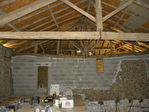 Longère à Finir de Rénover (Habitable); 2 Granges; Anc. Maison; Env. 7220m² de Terrain