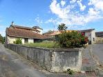 Complexe de 3 gîtes avec 4 chambres à coucher vitrées ; grange ; c3/4 Acre beaux jardins matures ; piscine creusée avec terrasse ; beau paysage environnant