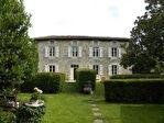 V4214al Maison Charentaise, Gîte, Grange, Piscine, Parc clos privée et arboré, Jolie Vue.
