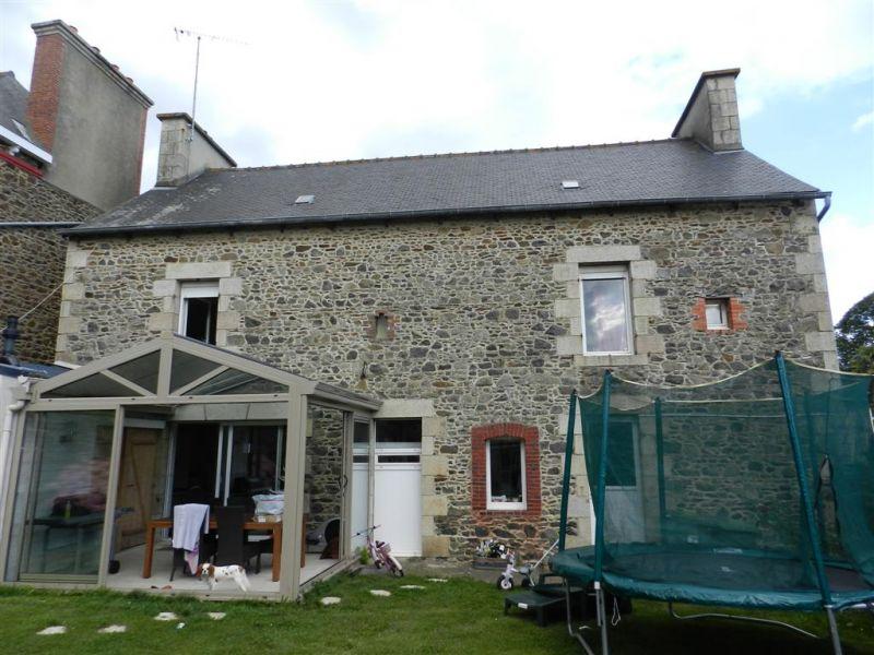 Plourhan, spacieuse maison de caractère rénovée