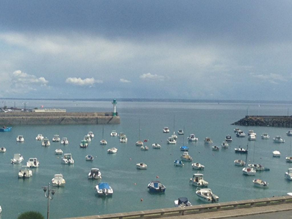 Studio vue mer sur le port de St Quay portrieux