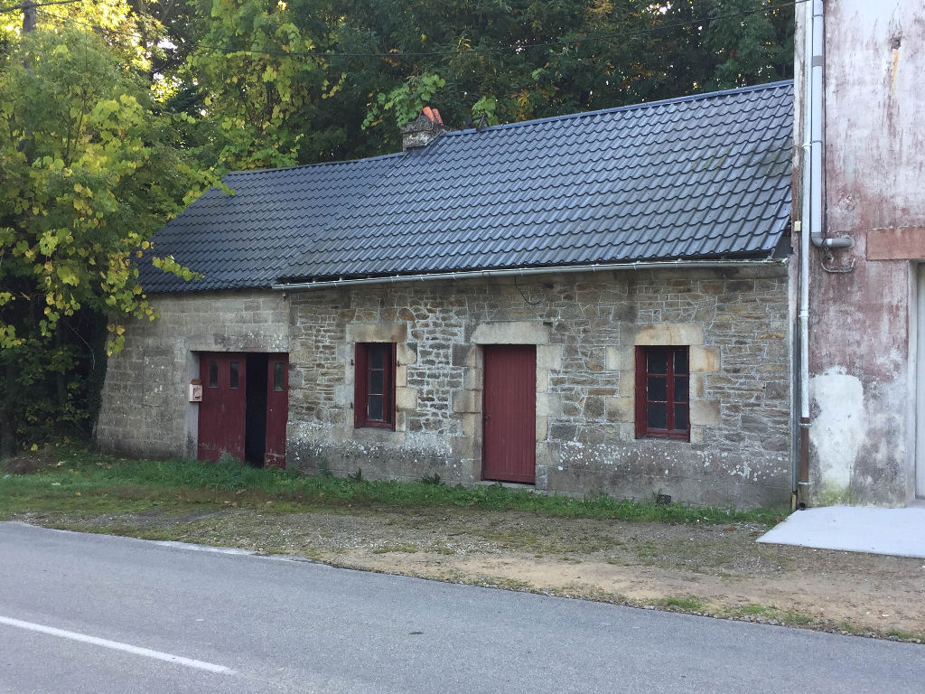 Maison en pierre à finir de rénover Languidic