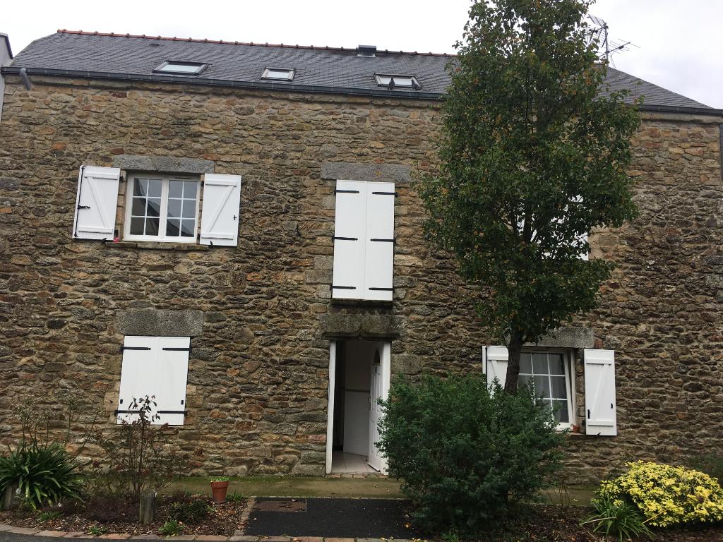 Immeuble de rapport 3 logements voire plus - Plescop Bourg