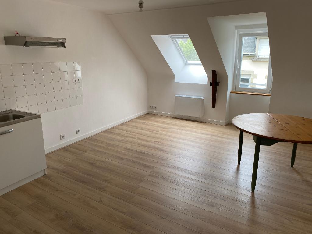 Appartement dans le centre ville de Baud
