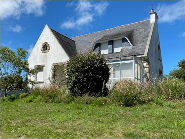 Grande et belle maison à rénover aux portes de Vannes.