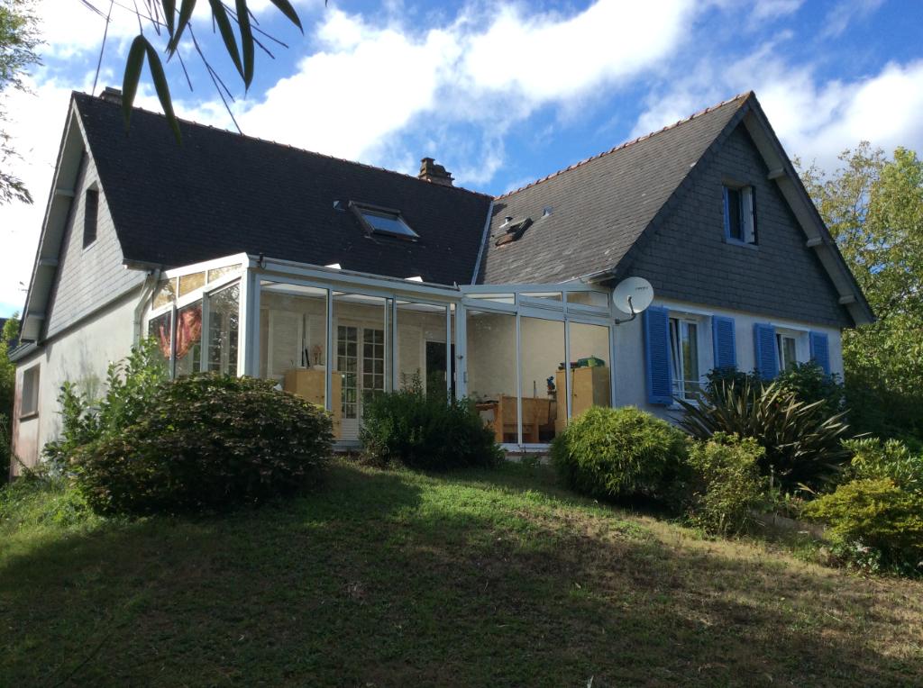 Maison Plescop 8 pièce(s) 171 m2