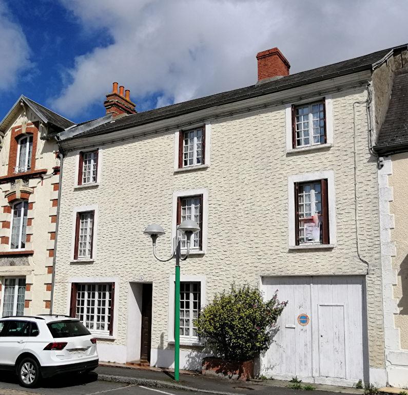 Maison Cerisy La Foret 10 pièce(s) 165 m2