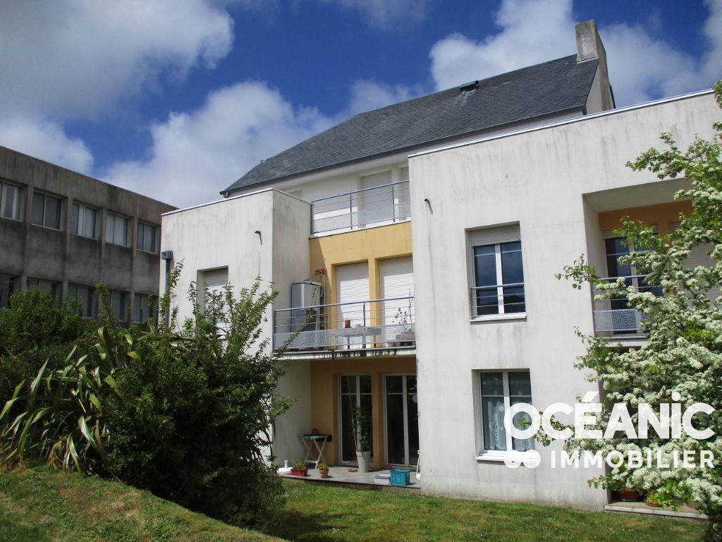 Appartement Saint Renan 3 pièce(s) 69.7 m2