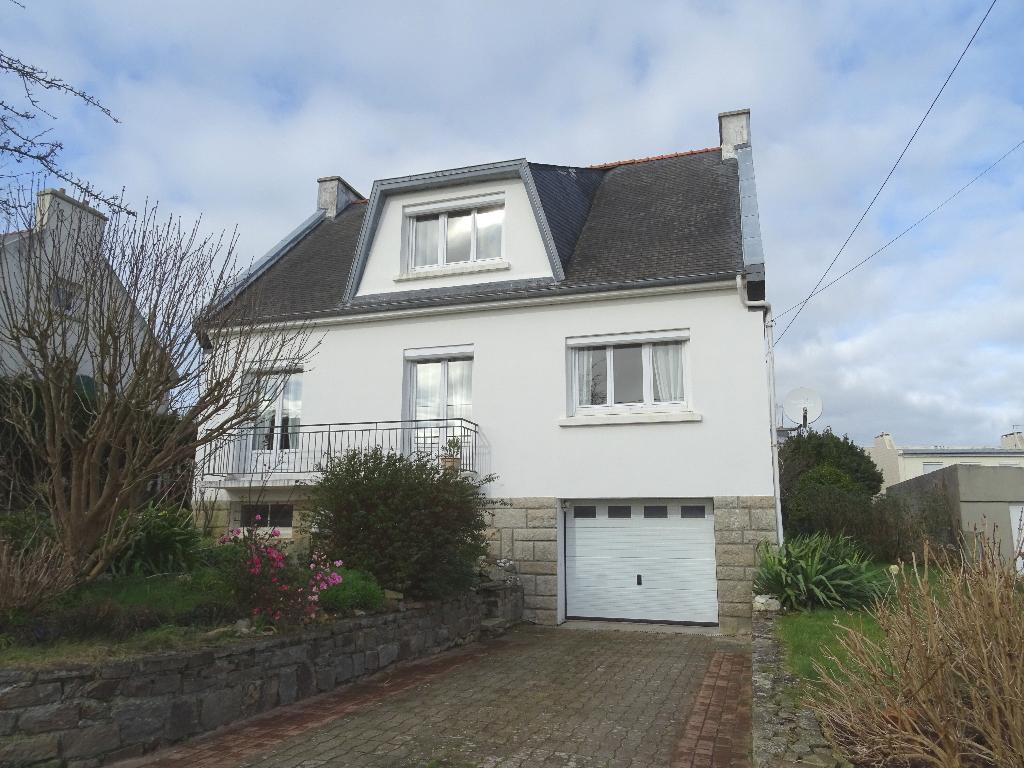 Maison St Renan 7 pièces 135 m2