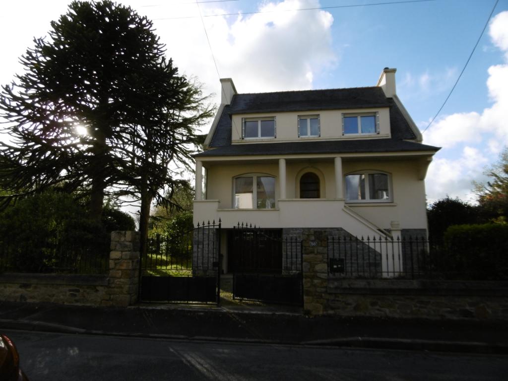 Très belle maison 5 chambres Landivisiau