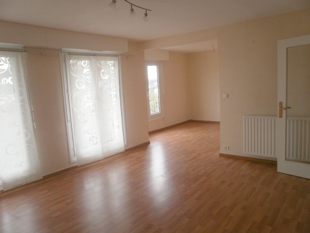 RUE DE DINAN - T5 IDEAL COLOCATION