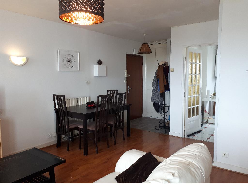 T3 - RUE JEANNE D'ARC - 65 m²