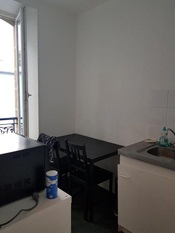 T 1 - RUE TURENNE - 20 m²