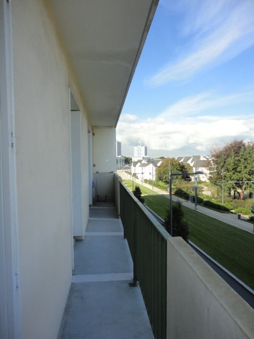 T3 + GARAGE- LANDAIS - RUE ST EXUPERY -76.28 m²