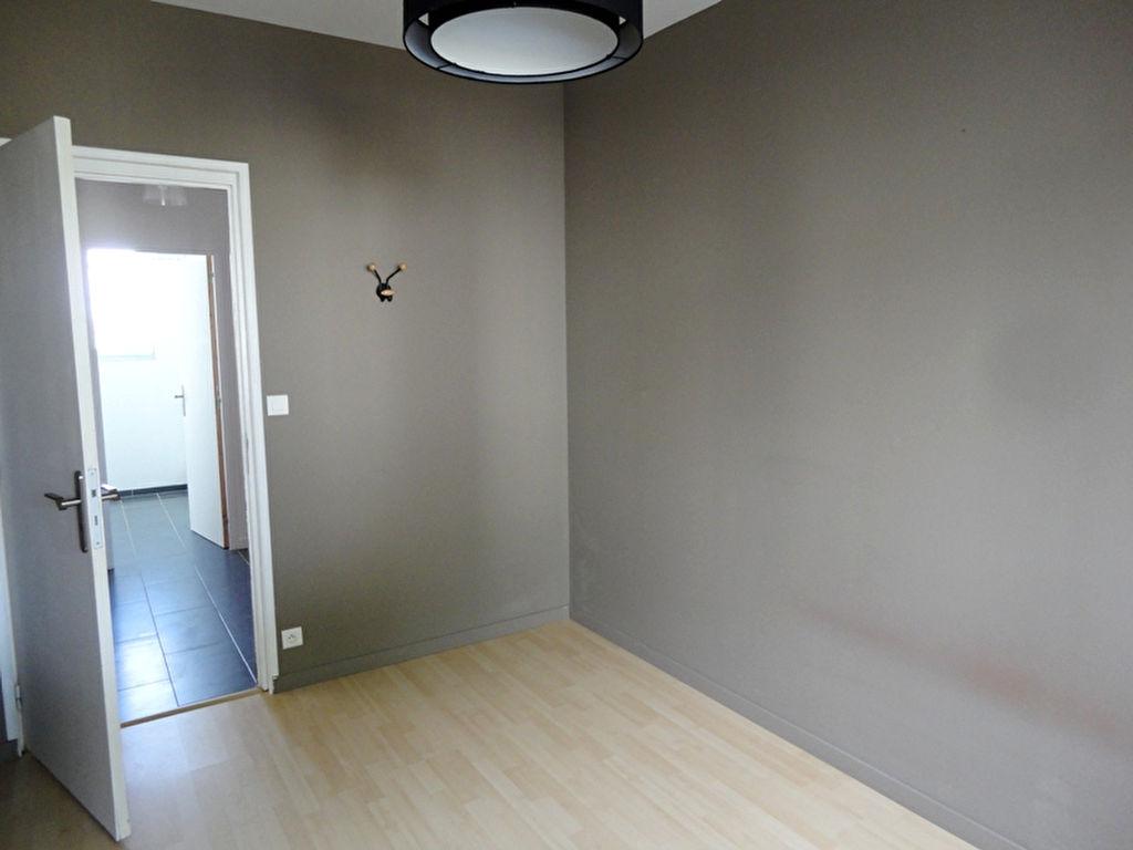 T2 + GARAGE  - RUE DE LILLE - 45.12 m² -