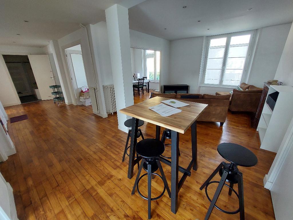 T4 - RUE LOUIS PASTEUR - 95 m2