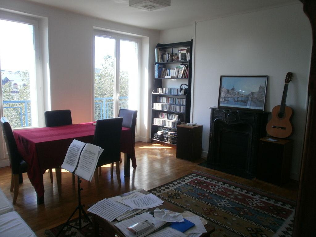T3 - RUE AIGUILLON - 75.33 m²