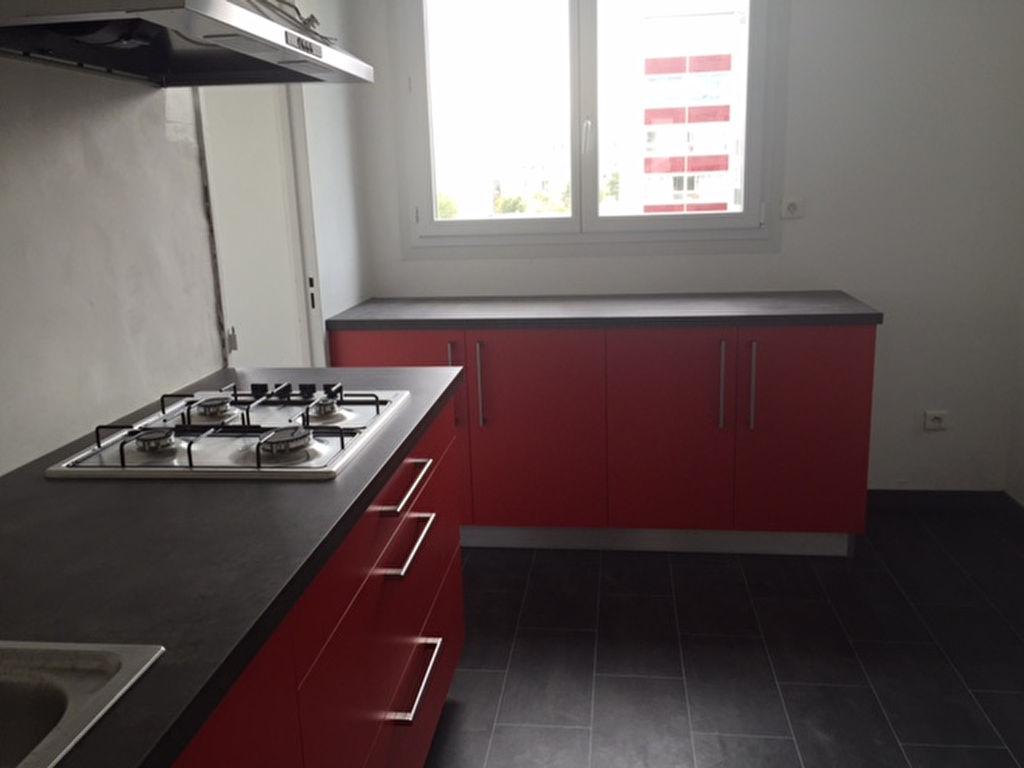 T4 AVEC ASCENSEUR - RUE NATALINI - 78 m²
