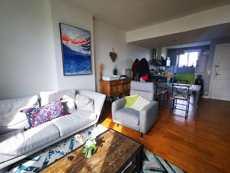 T3 - RUE AMIRAL LINOIS - 80 m² ENVIRON