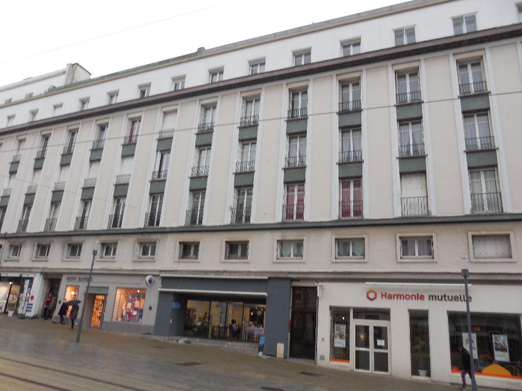 Appartement Brest 3 pièce(s) 72,61 m2
