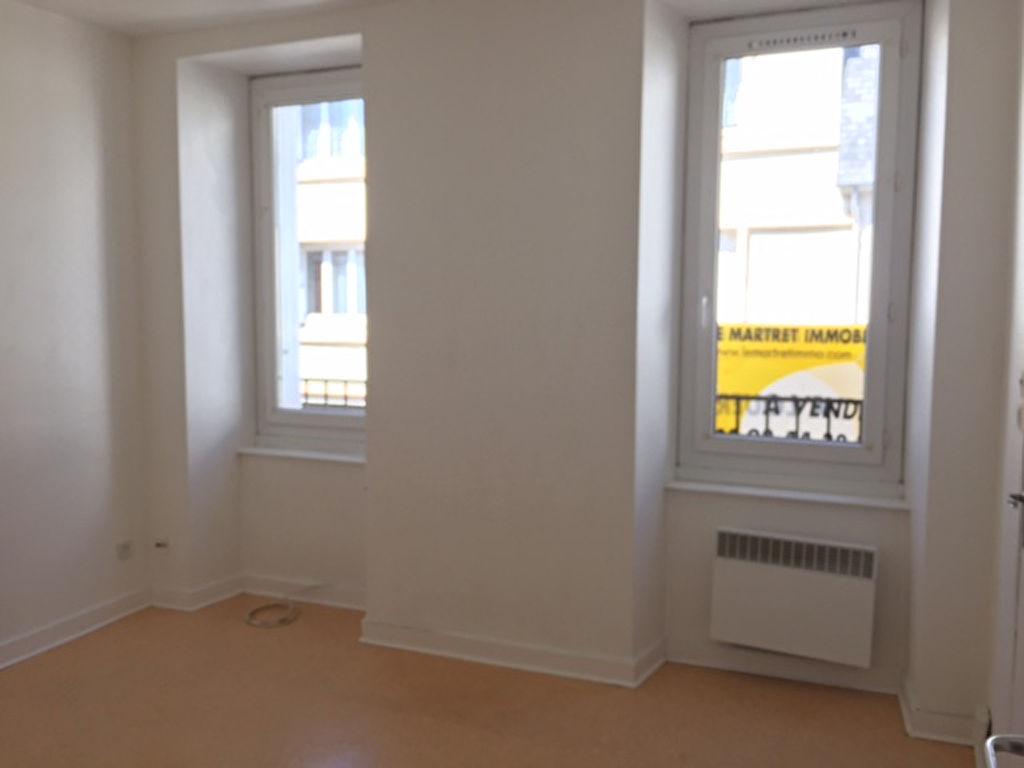 T1 - RUE ROBESPIERRE - 21.86 m²