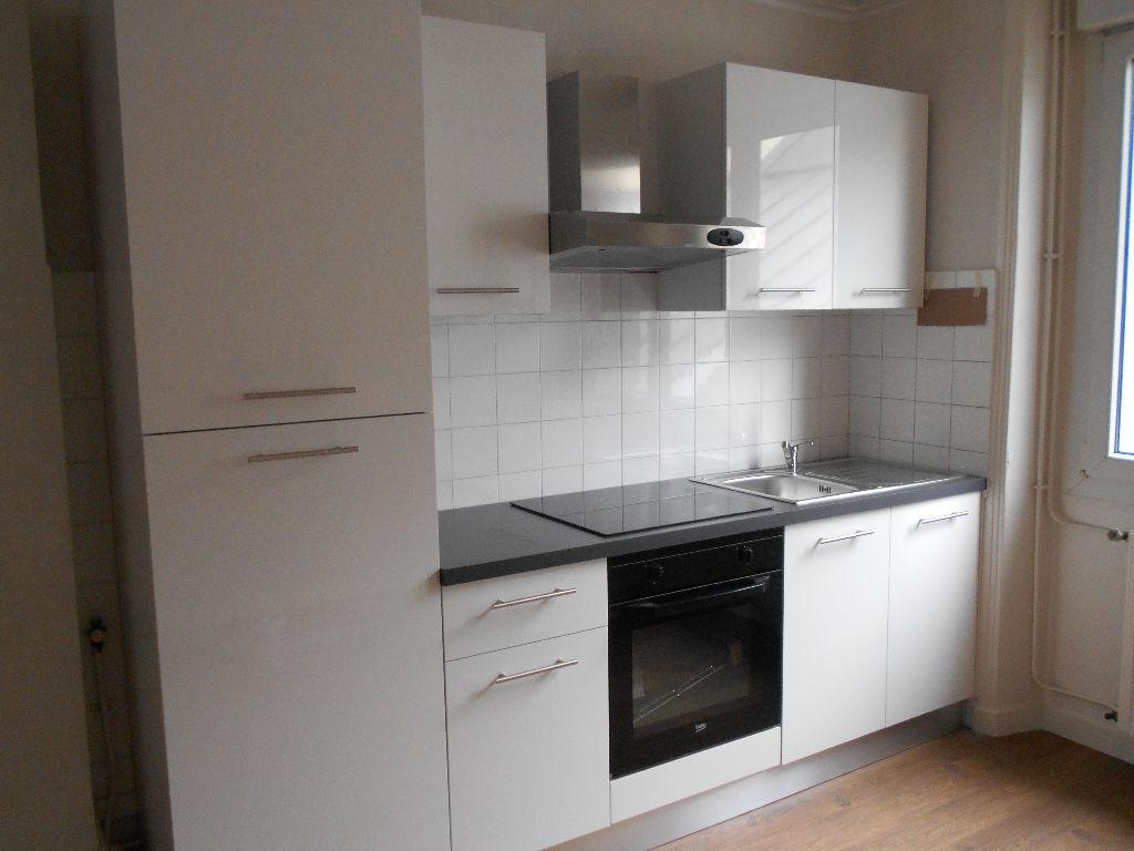 T2 - RUE JEAN JAURES - 45 m²