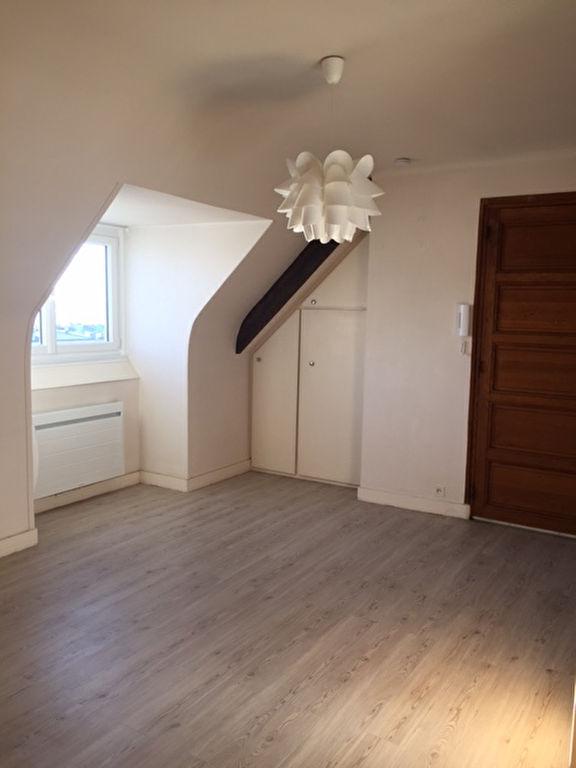 T1 BIS  ASCENSEUR- RUE EMILE ZOLA - 38 m²