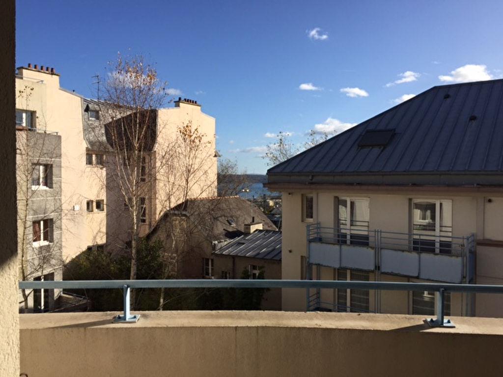 T4 AVEC PARKING - PROCHE GAMBETTA - 80.35 m²