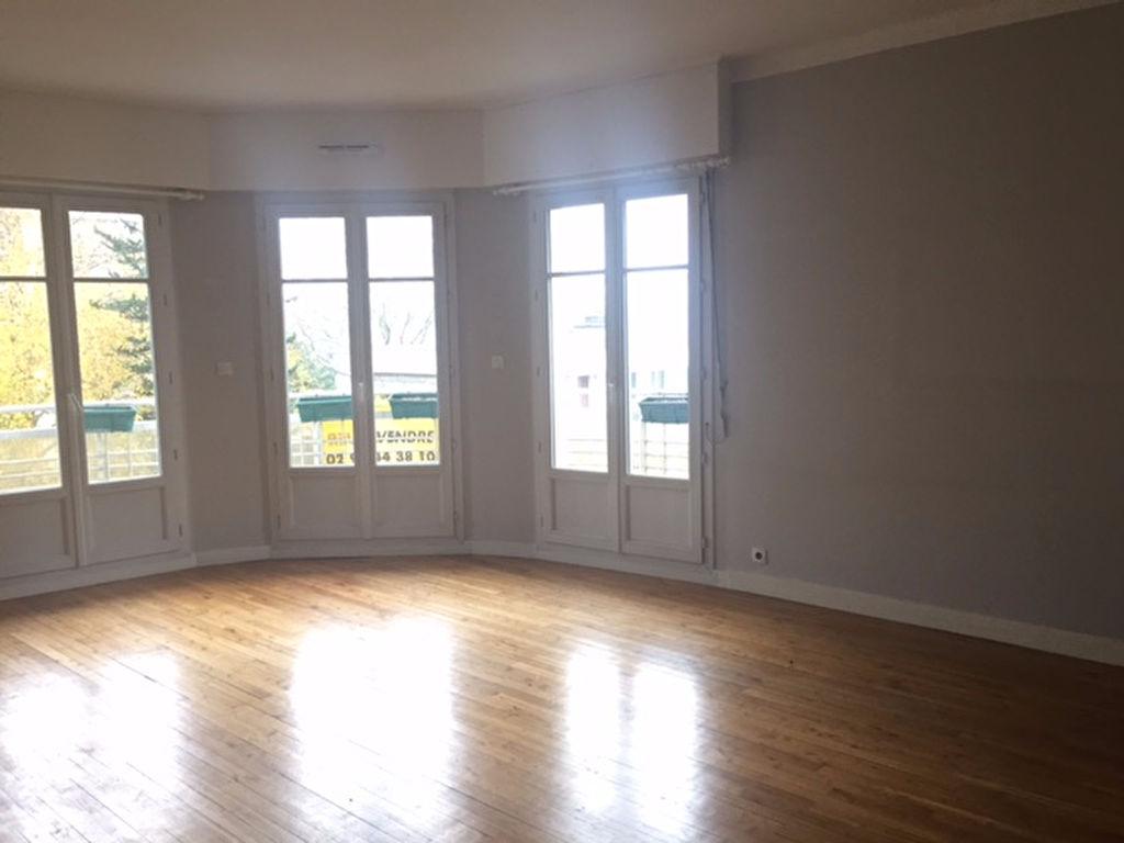 T4 - RUE ALAIN FOURNIER - ASCENSEUR - 92.45 m²